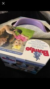 Bumbo (Lilac) w/Tray NEW!!!