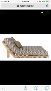 Single futon with solid pine frame