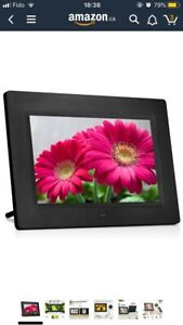Brand new 7 Inch Digital Photo Frame Play Photos with Slideshow
