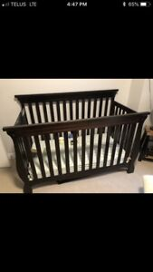 Storkcraft convertible crib, mattress included if wanted
