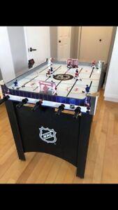 Jeu de hockey sur table avec tableau électronique