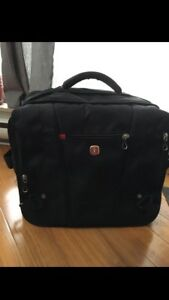 "Laptop Bag Swiss made 17"" travel case"
