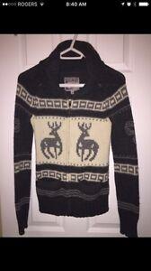 Aritzia tna small wool sweater