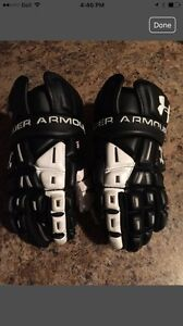 "Under Armour Player Lacrosse Gloves (12""/Medium)"
