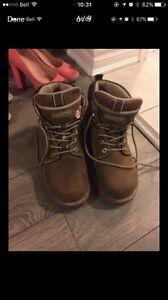 Women's Dakota work boots