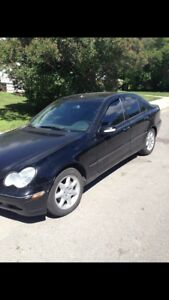2002 Mercedes Benz C240 READ AD