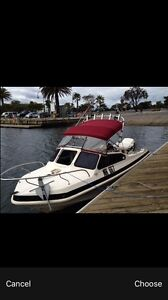 140 johnson engine 5.8 metres swift craft BOAT Melbourne CBD Melbourne City Preview
