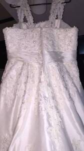 an ivory wedding dress Arncliffe Rockdale Area Preview