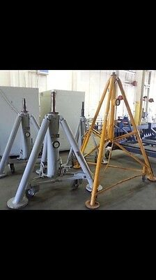 Malabar 60 ton tripod used aircraft jacks (FULL SET)