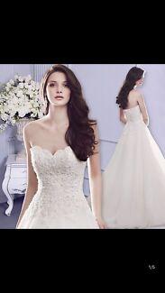 Brand new A line wedding dress size 6-10