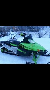 2011 Arctic Cat Crossfire 800 Limited