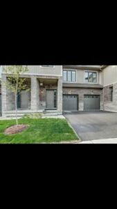 Beautiful Ancaster home for RENT