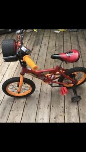 Cars bicycle 14 inch barely used like new