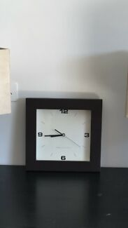 Wooden analogue clock
