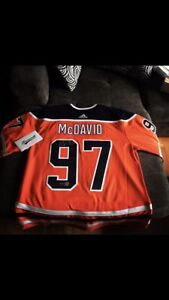 Connor McDavid signed jersey