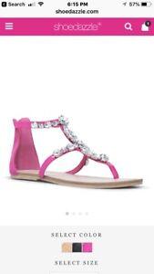 Beautiful thong sandles size 11!