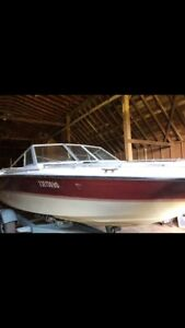 20ft Bowrider With trailer and winter cover
