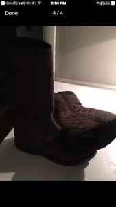Clarks girls goretex boots size 2