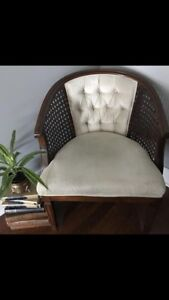Vintage Antique Accent Occasional Tub Chair