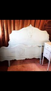 Antique Bed Frame (full/double)