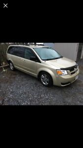 REDUCED!!!!  TWICE!!! 2010 Dodge Grand Caravan