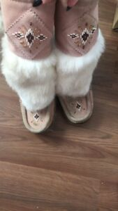 Size 8 mukluks for sale