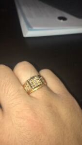 18KT Gold and SI Diamond Ring Mens