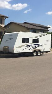23 foot travel trailer