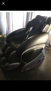 High end massage chair