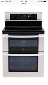 Stainless LG double oven with tru-blue technology