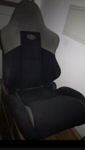 Pair of reclinable racing seats
