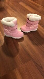 Pink winter boots