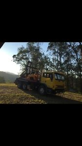 Acco 2350g international 24t gvm skip bin truck Clagiraba Gold Coast West Preview