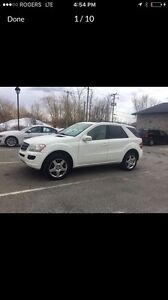 Mercedes ML350 4matic Blance tres propre