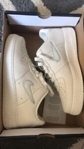 Exclusive Nike Air Force 1 retro prm size 9