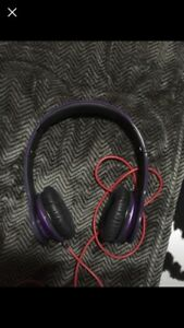 Dr.dre solo HD headphones (purple )