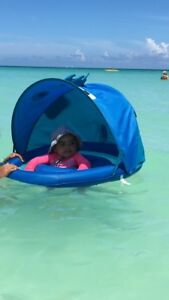 Baby beach or pool float