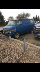1989 Chevy Van Need Gone AS IS