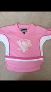 Girls 2T Pittsburg penguins jersey