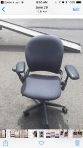 USED STEELCASE LEAP CHAIR VERSION 1–