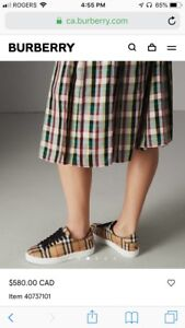 Burberry shoes for her size 36. 5