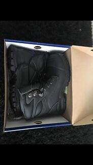 Blundstone work boots uk 9.5