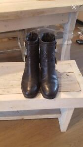 Authentic black leather Kate Spade boots