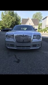 2006 Chrysler 300 SRT 8 custom