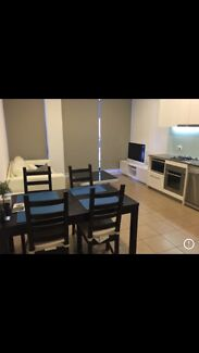 Looking for 1-2 housemate to share new apartment Flemington Melbourne City Preview