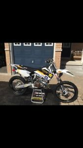 *** MINT CONDITION HUSQVARNA TC250 (15 hrs) ***