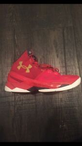 Curry 2 basketball men's shoe size 8