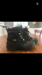 North Face Chilkat Waterproof Winter Boots-youth size 6
