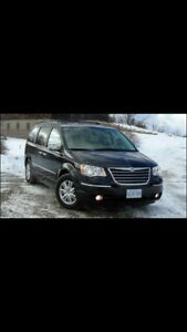 Chrysler Town and Country Limited-snow tires/rims-safety/e-test