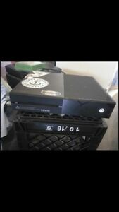 X box one in great condition!! 500 GB !!!